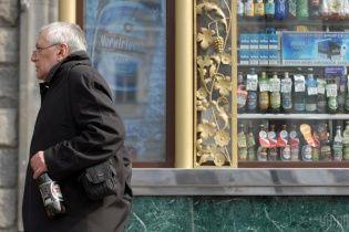 АМКУ признал незаконным запрет продавать алкоголь в киосках в Киеве