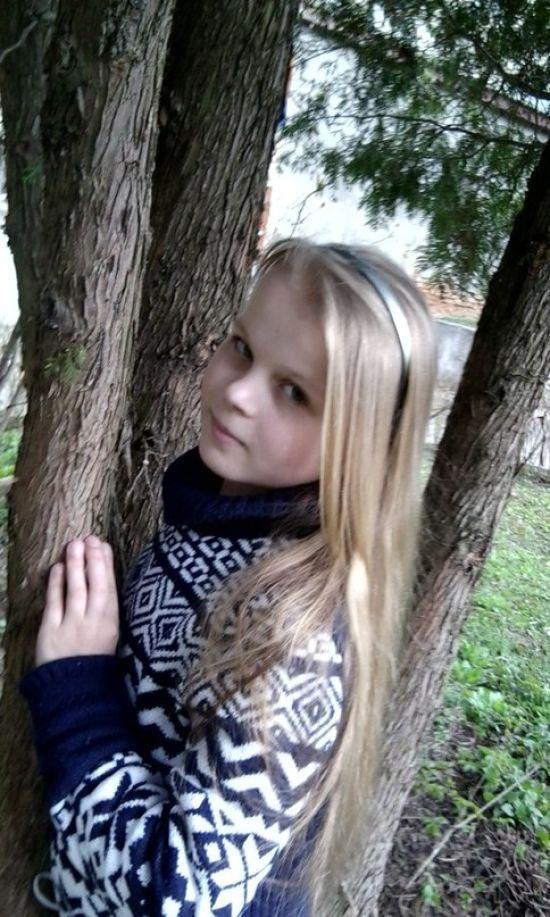 Юна поетеса Ангеліна Костюк потребує негайної допомоги