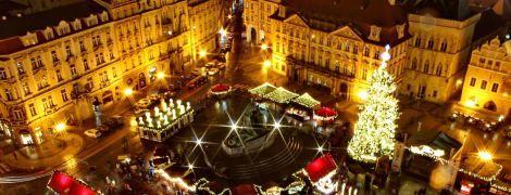 Неизменные символы Нового года: когда и где зажгут главные елки в мире