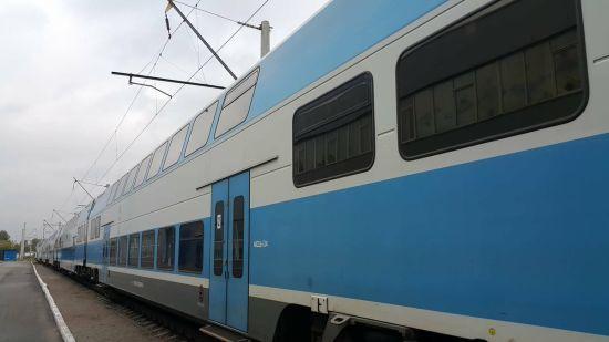 """""""Укрзалізниця"""" призначила додатковий швидкісний поїзд до Тернополя на Різдво 25 грудня"""