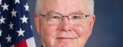 В США женатый конгрессмен отправлял женщинам свои обнаженные фото: он уже извинился перед избирателями