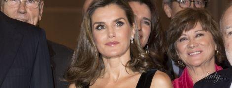 Эффектная королева Летиция пришла на церемонию в мини-платье с бахромой