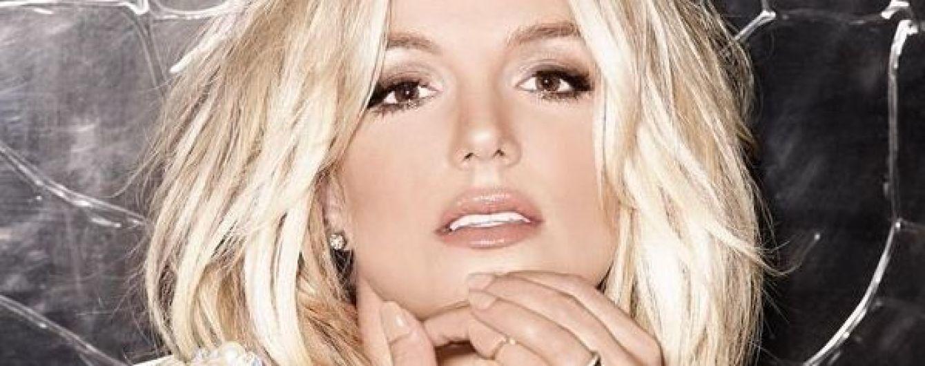 В роскошном наряде и с красивым макияжем: Бритни Спирс выложила фото эффектного образа