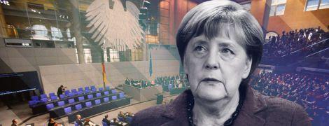 Буремна коаліціада Меркель