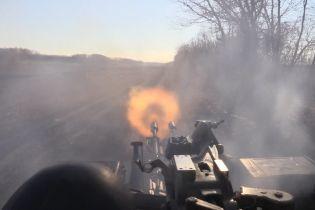 На Донбасі тривають запеклі бої: загинули п'ять українських бійців, ще чотири поранені