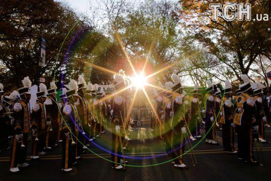 Діснеївські герої, міс Америка й реп-зірка: як відшумів парад до Дня Подяки у Нью-Йорку
