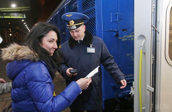 На новорічні свята призначили сім додаткових поїздів по Україні