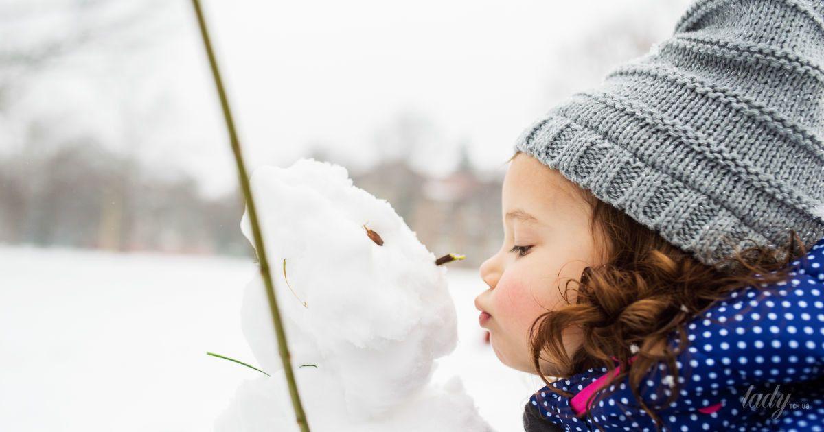 Прогулки с ребенком в мороз: что делать при холодовой аллергии