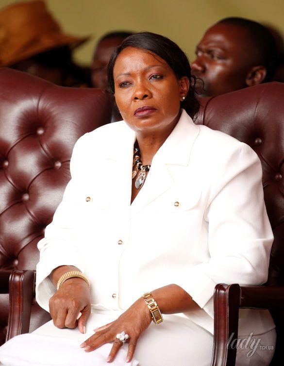 Первая леди Зимбабве Оксилия Мнангагва _2