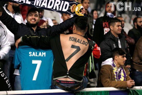 Фанат зробив скажене тату на всю спину на честь Роналду