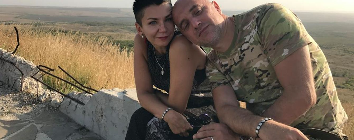 """Симпатик """"ДНР"""" Прилепин обвенчался с женой в Донецке и получил в подарок гранатомет"""