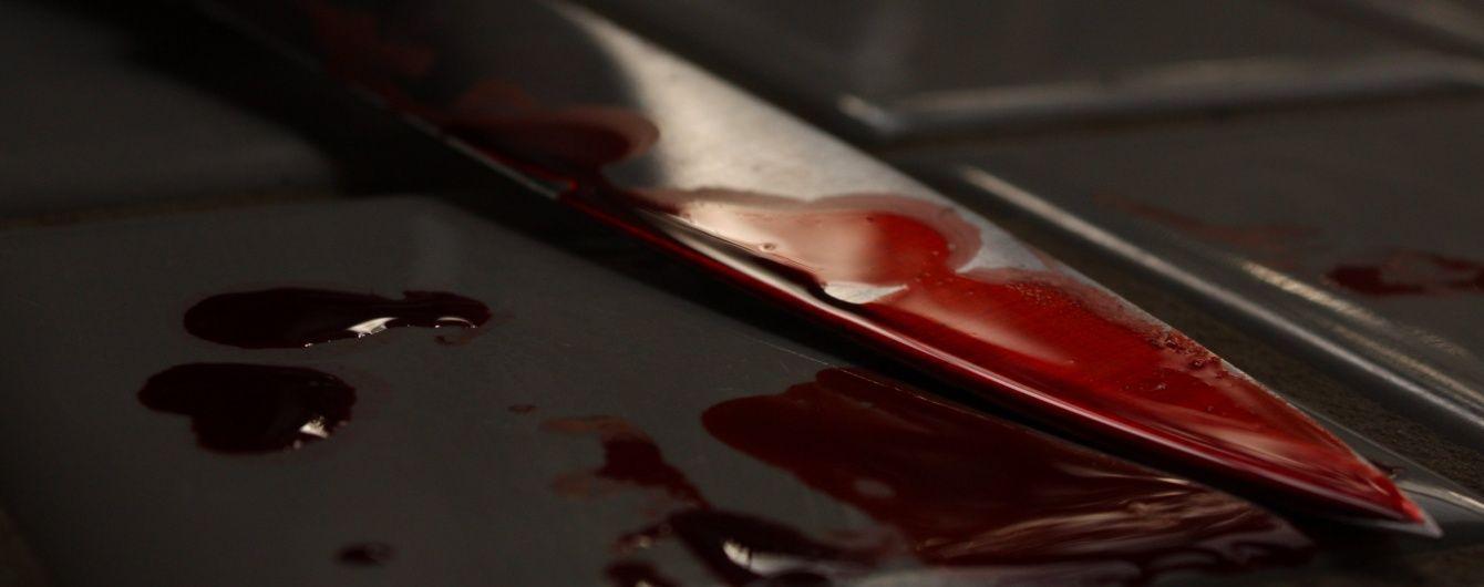 На Хмельнитчине пьяный молодчик порезал участкового инспектора