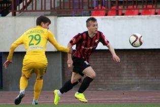Украинский футболист забил красивый мяч через себя в чемпионате Беларуси