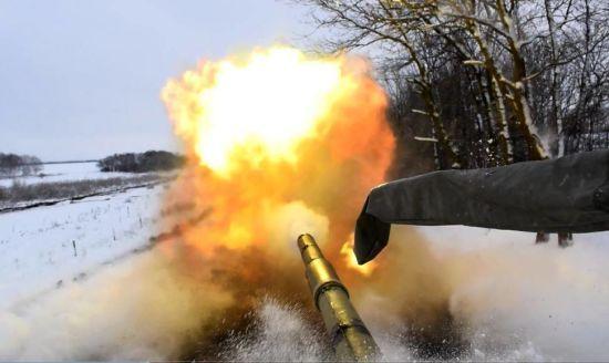Бойовики 11 разів гатили по позиціях української армії. Хроніка АТО