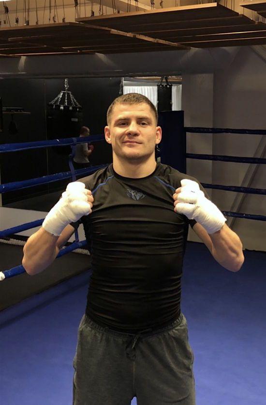 Український боксер Берінчик кинув виклик Макгрегору