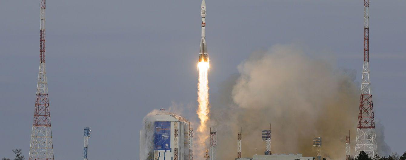 """Большой космический провал. Ракета """"Союз"""" потеряла 19 спутников после запуска"""