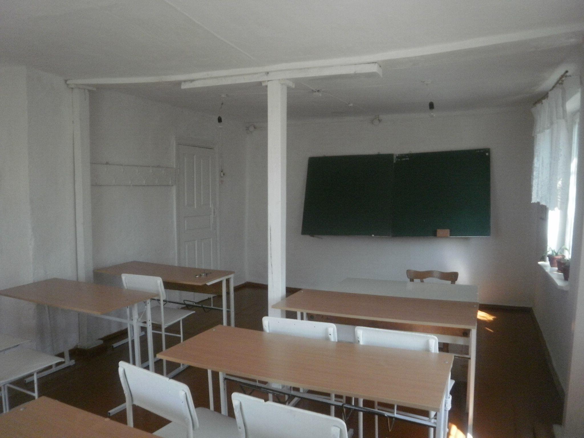 Школа Хмельниччина село Корчик_1