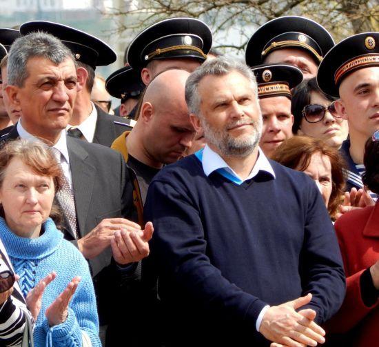Голові окупаційної влади Криму Чалому вдається заробляти мільйони в Україні – журналісти