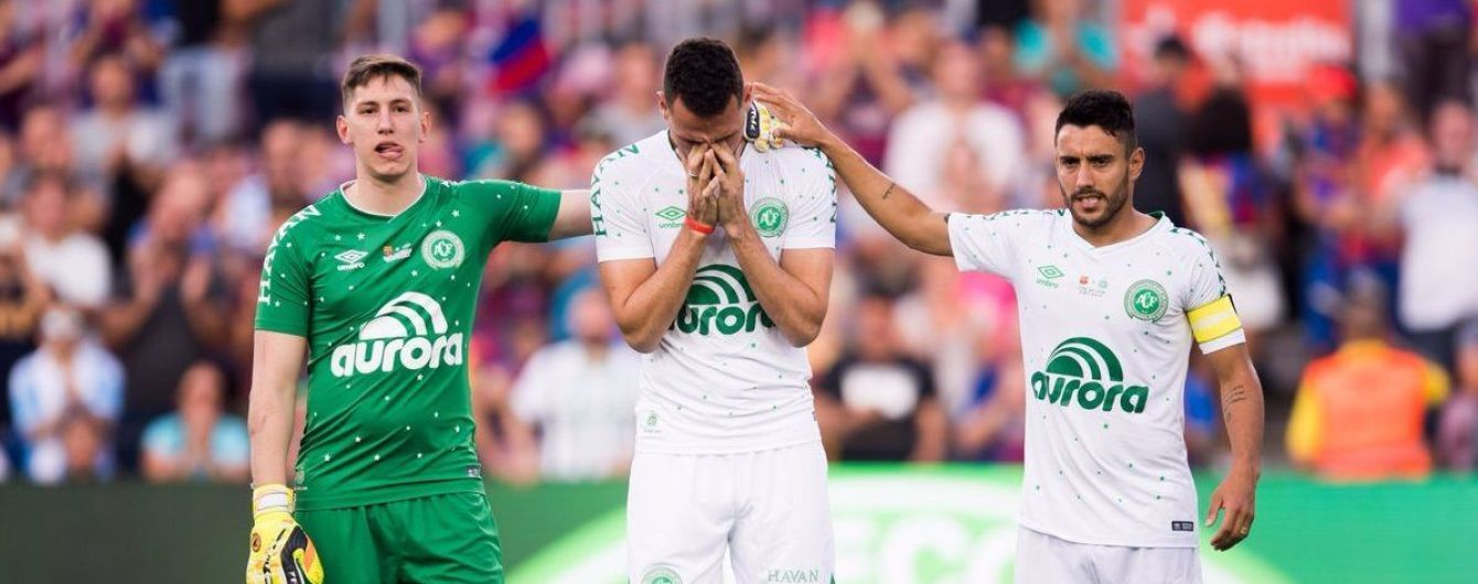 """Рік жахливої катастрофи """"Шапекоенсе"""": як склалися долі трьох футболістів, яким пощастило вижити"""