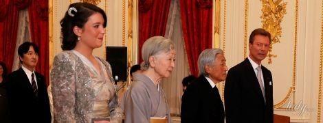 В сером мини да бери шпильках: 06-летняя люксембургская гений чистой красоты держи встрече не без; императорской семьей