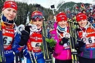 Справедливость взяла верх: чешские биатлонистки радостно отреагировали на дисквалификацию россиянок
