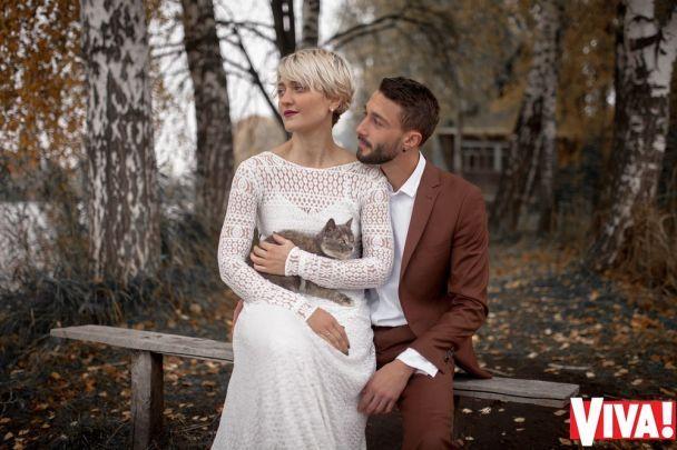 """Зірки """"Голосу країни"""" Дуда та Кекелія показали романтичні фото зі свого весілля"""