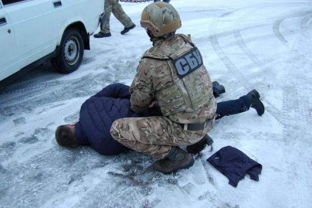 В Чернигове полицейские продавали наркотики в СИЗО