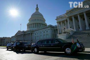 """Американському уряду вночі загрожує """"шатдаун"""""""