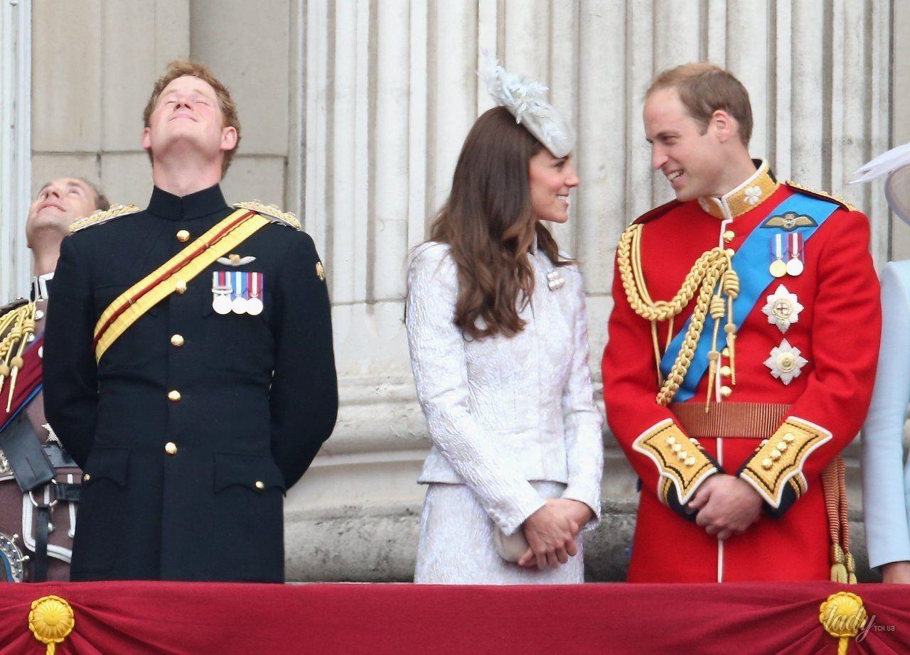 Принц Гарри на свадьбе Кембриджей