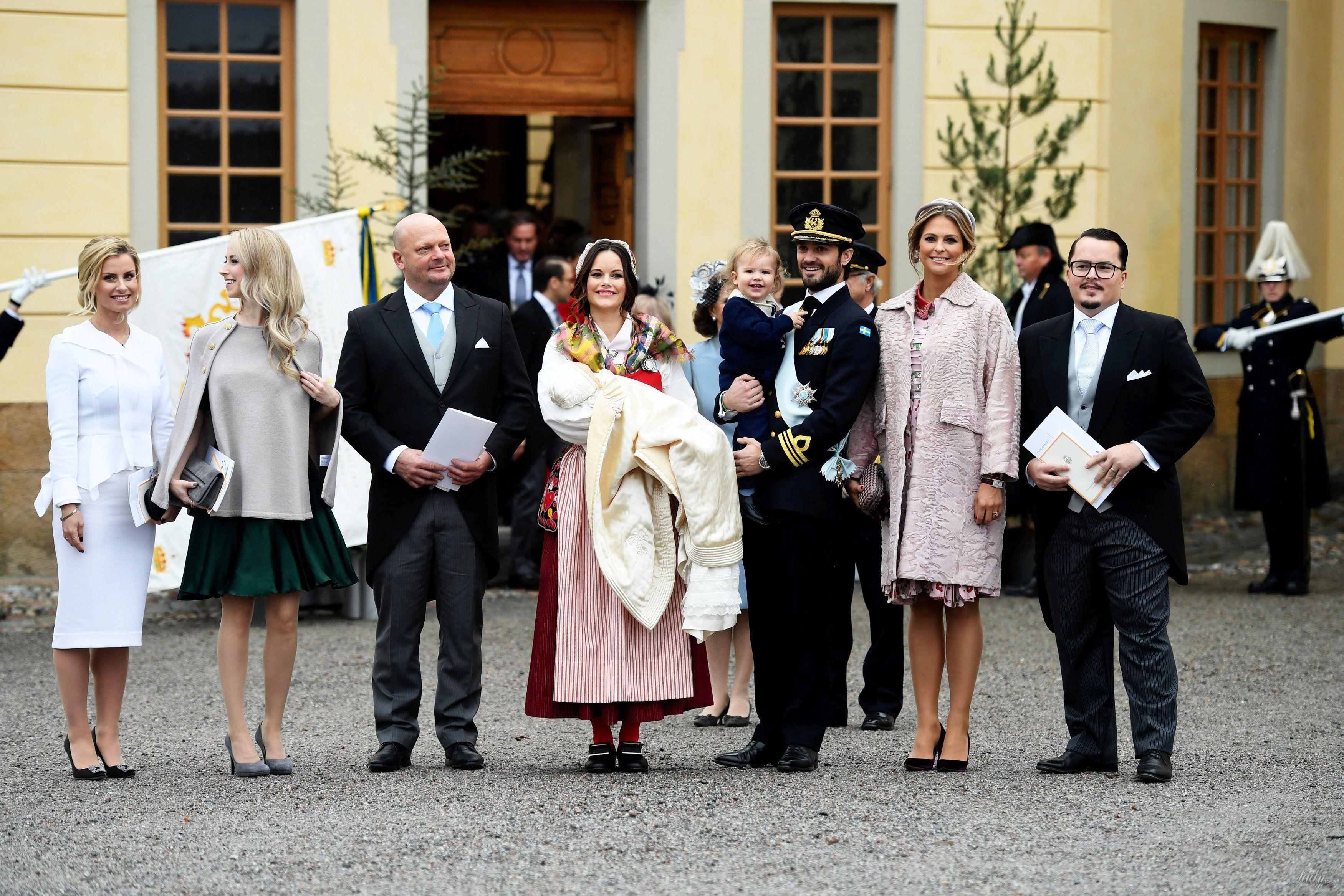 Королевская семья Швеции на крестинах князя Гавриила_3