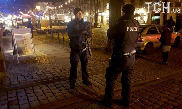 В Потсдаме возле многолюдной рождественской ярмарки нашли бомбу и взорвали ее