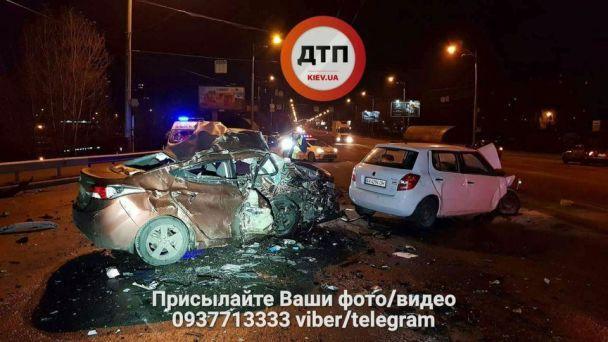 У Києві біля мосту Патона сталася смертельна ДТП