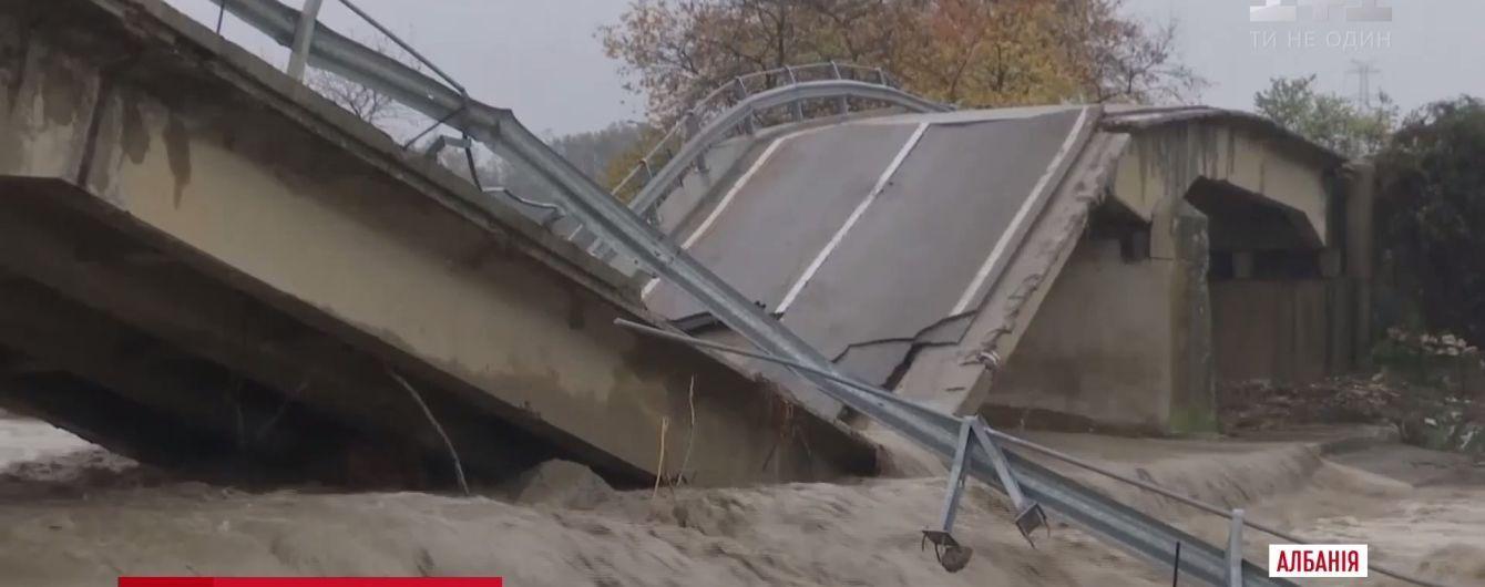Внезапное наводнение в Албании стала убийственным