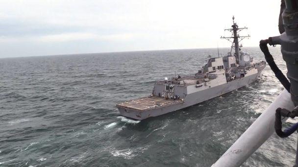 Українські ВМС провели спільні тренування з американським есмінцем у Чорному морі
