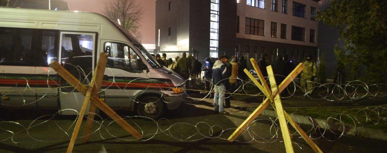 """""""Не стоит из негодников делать страдальцев"""": Аваков призвал прекратить блокаду телеканала NewsOne"""