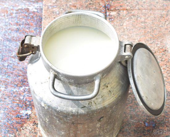 Жодних нових санітарних обмежень на прийом молока у населення з 1 січня 2018 року не вводилося