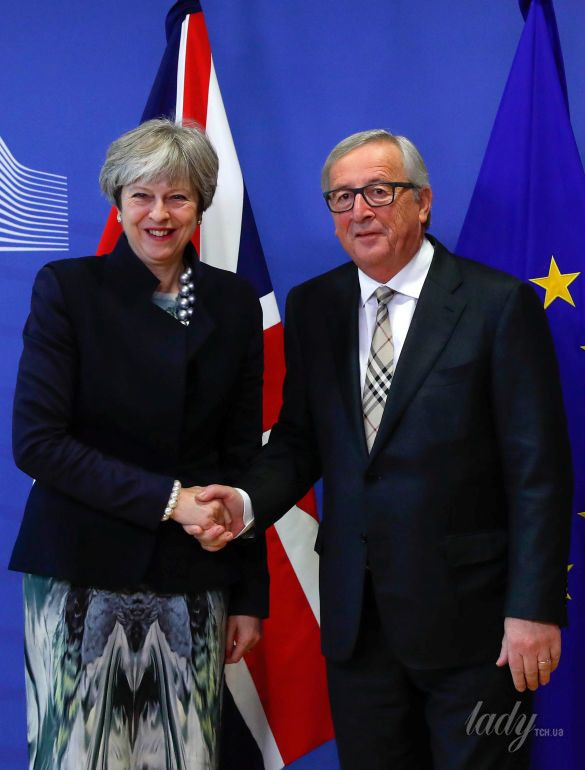 Тереза Мэй и президент Европейской комиссии Жан-Клод Юнкер_4