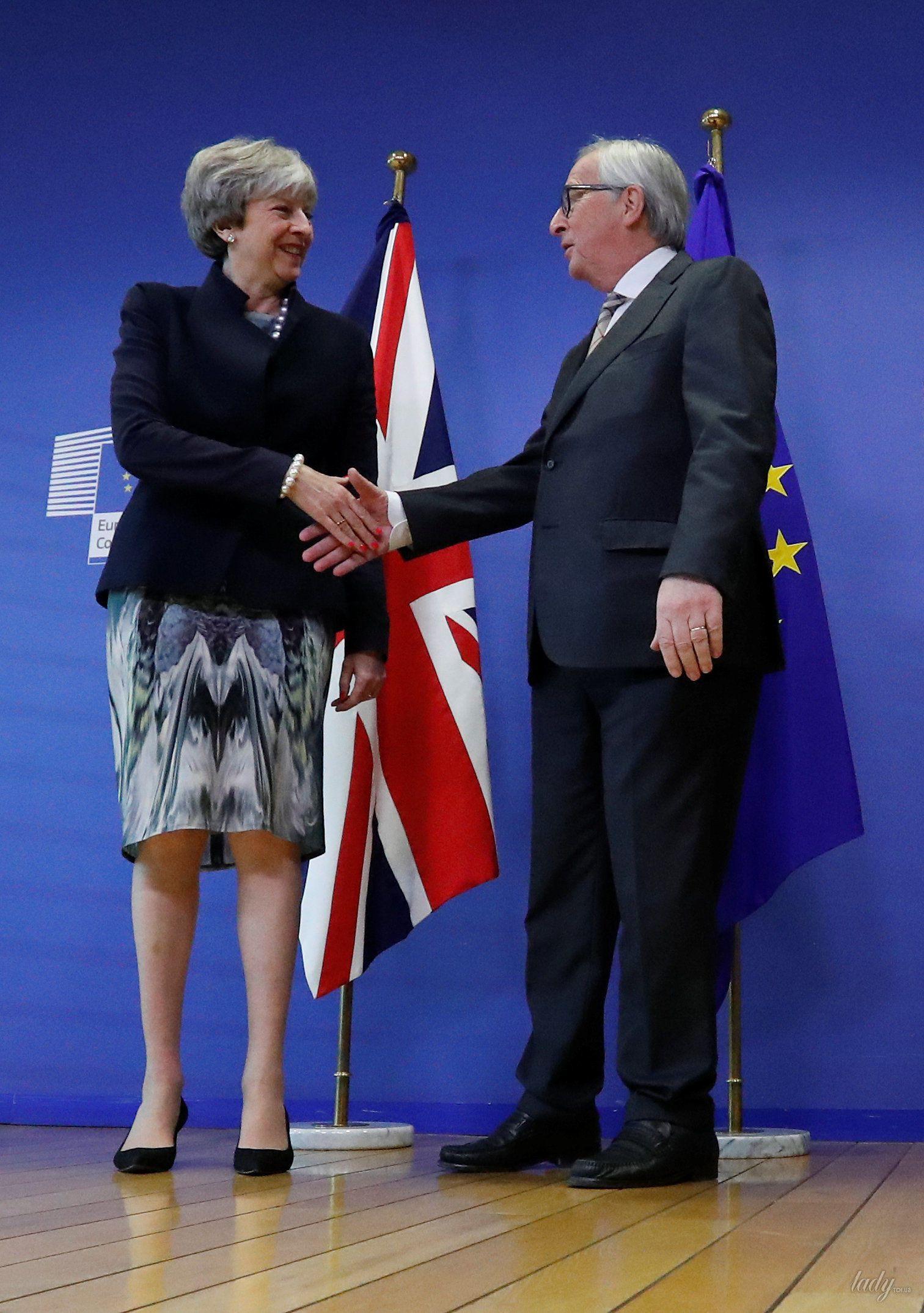 Тереза Мэй и президент Европейской комиссии Жан-Клод Юнкер_2