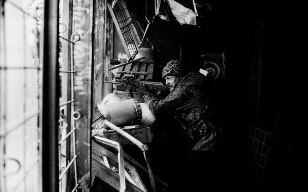 """Ахтем Сеитаблаев презентовал фильм """"Киборги"""" о защитниках Донецкого аэропорта"""