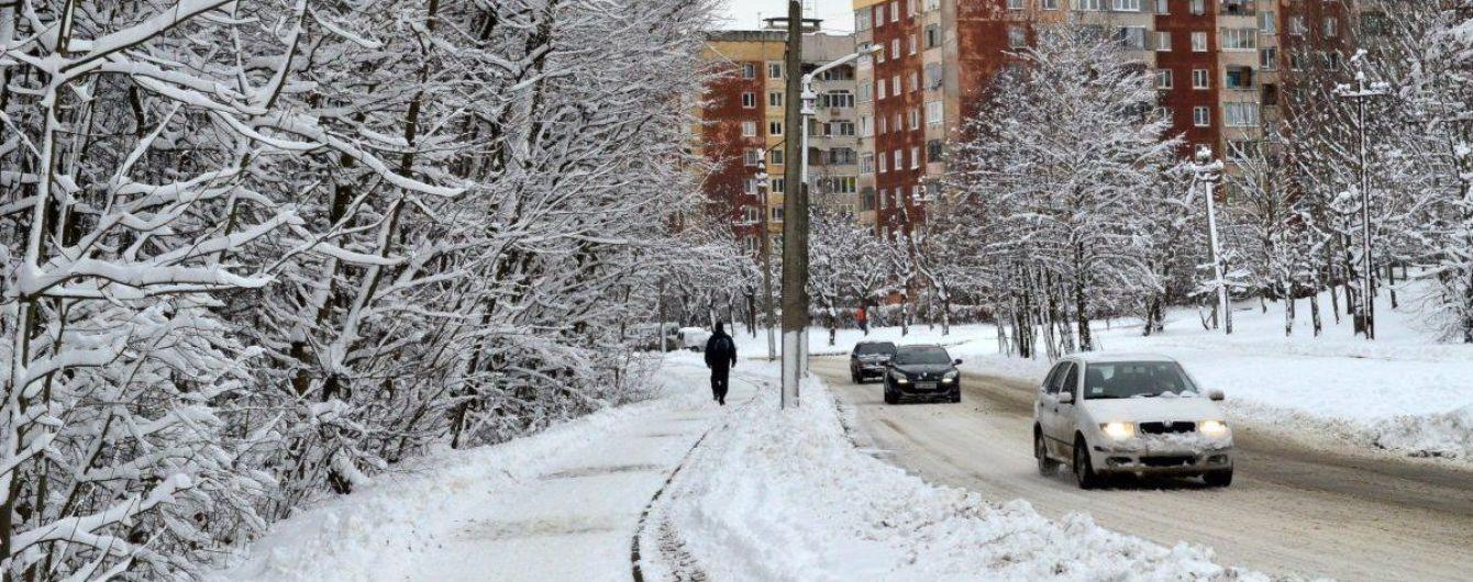 Синоптики обіцяють сніг, морози, ожеледицю й потепління. Прогноз погоди на 6-10 грудня