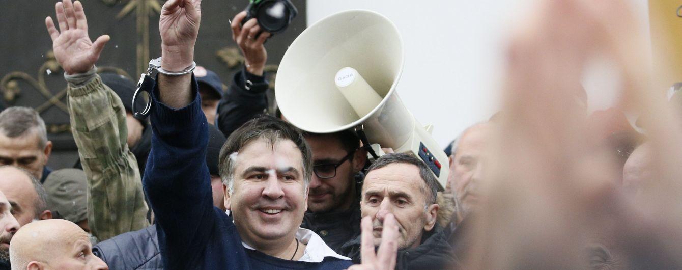 Саакашвили рассказал, где находился ночью и во время попытки силового штурма палаточного городка