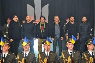Скрипка привітав захисників з Днем ЗСУ виконанням оновленого гімну ОУН