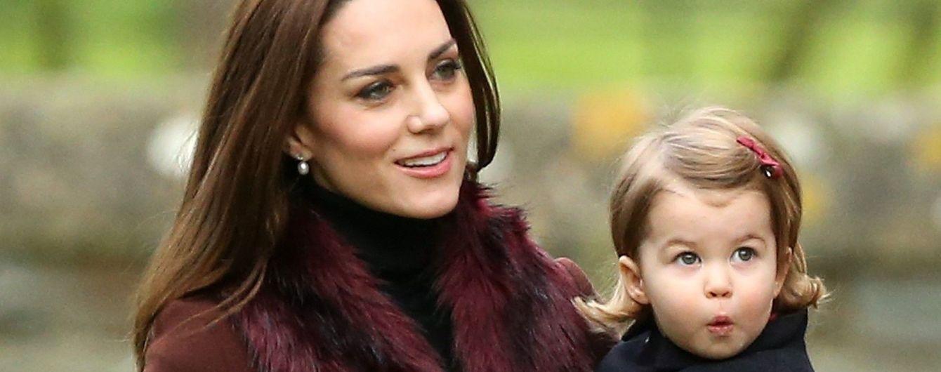 Последует примеру королевы: герцогиня Кембриджская не остановится на троих детях