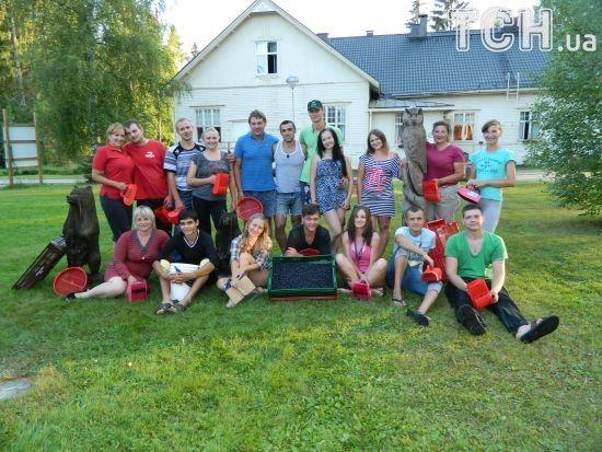 Збір ягід у Фінляндії: як безпечно поїхати та скільки можна заробити на сезонній роботі