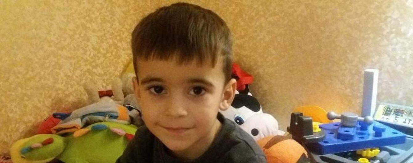 Диагностика в Израиле может спасти 5-летнего Дениса от загадочной болезни