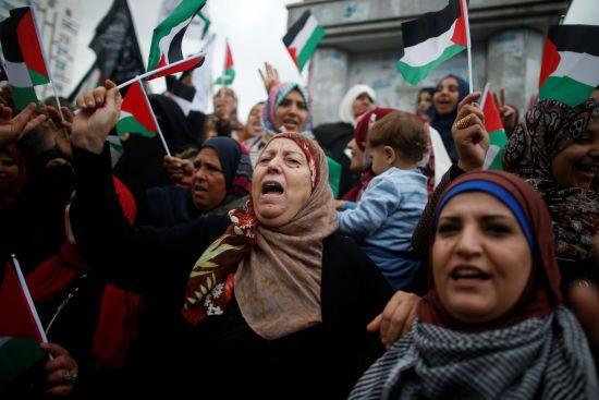 """""""Буде відкрита агресія"""". Як світ відреагував на рішення Трампа визнати Єрусалим столицею Ізраїлю"""