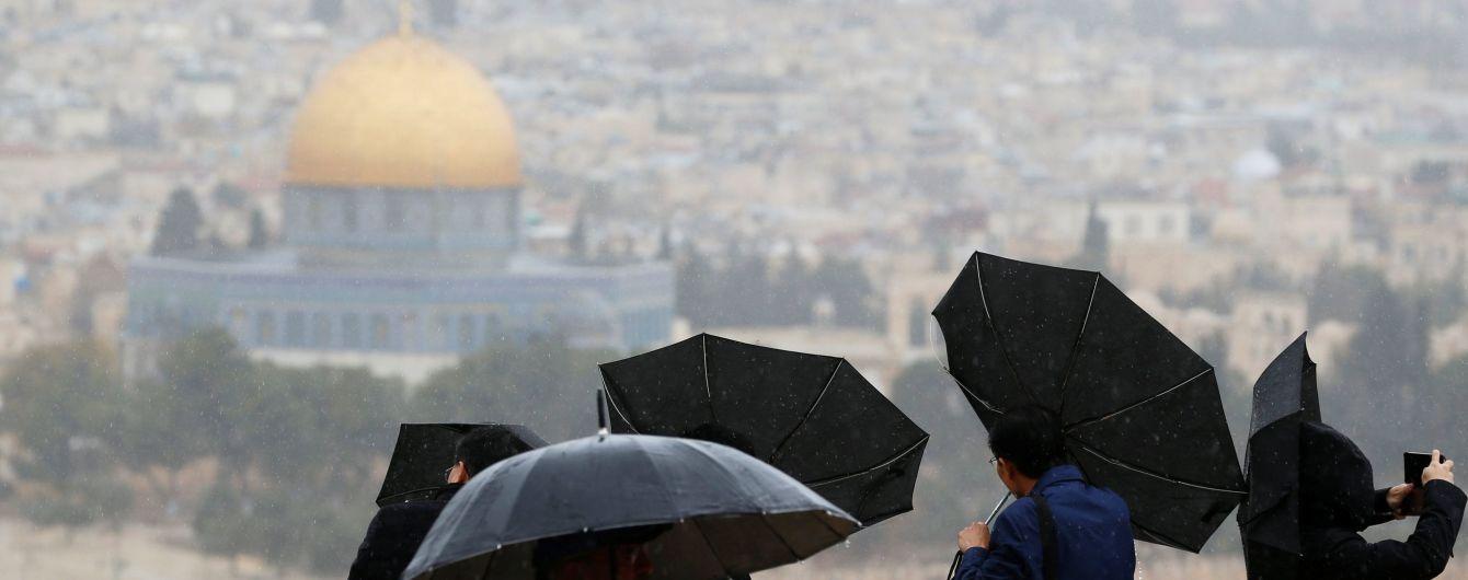 Світова реакція на визнання США Єрусалима столицею Ізраїлю та сканадал із Саакашвілі. П'ять новин, які ви могли проспати