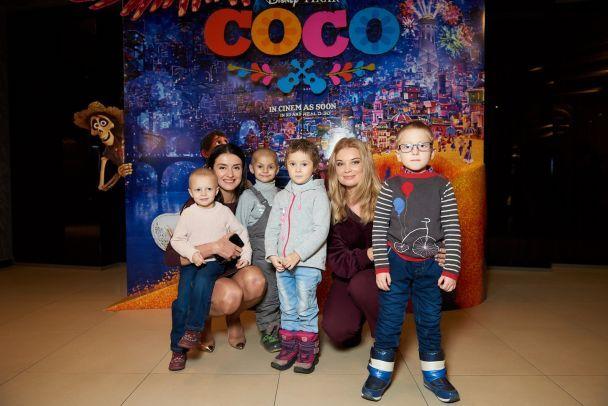 Лідія Таран та Валентина Хамайко влаштували свято пацієнтам лікарні