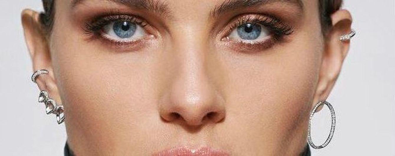 Красивые украшения и ягодицы крупным планом: Изабели Фонтана в новой рекламной кампании