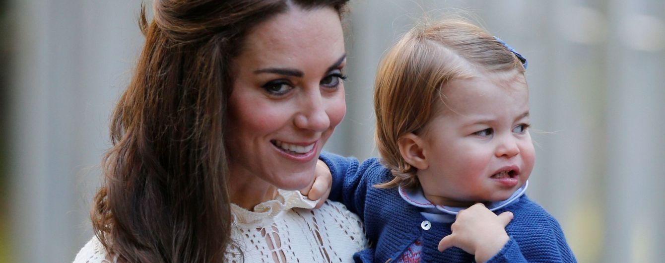 Маленькая, но талантливая: Кембриджи отдали двухлетнюю принцессу Шарлотту в элитный спортивный клуб